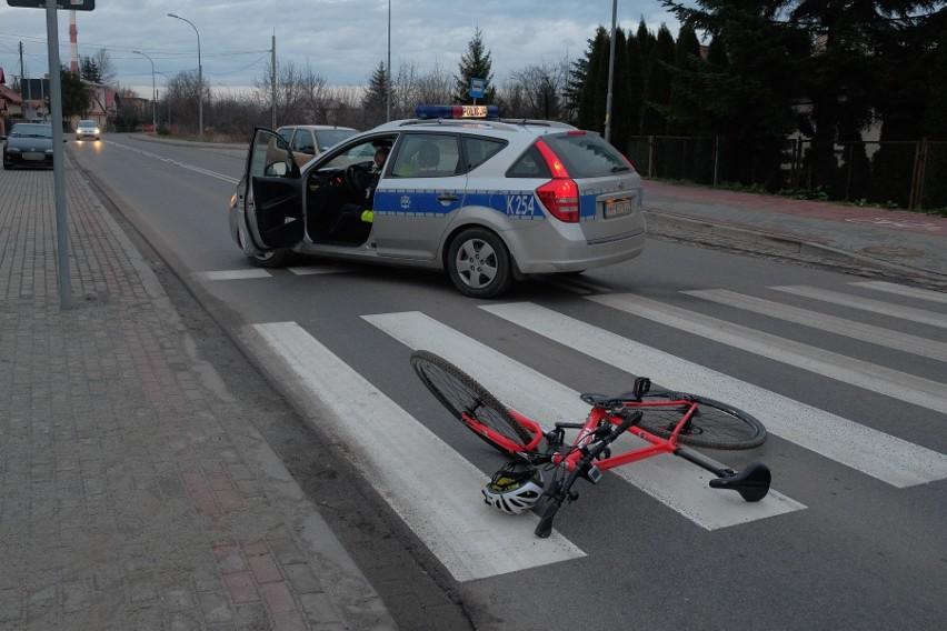 Do wypadku doszło w czwartek po godz. 14 na ul....