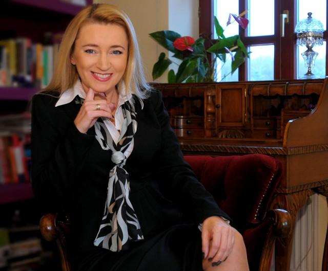 Marta Wcisło Jest radną PO, do tej pory oficjalnie nie skomentowała sprawy awansu swoje córki. Zaznaczmy, że Lenarczyk była i nadal jest zatrudniona w MKK. Ale już nie zajmuje fotela wiceprezesa.
