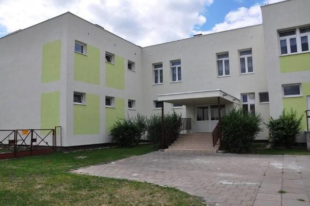 Do dramatycznego zdarzenia doszło w DPS-ie w Grudziądzu przy ul. Dywizjonów 303. Nie żyje 56-letni pensjonariusz
