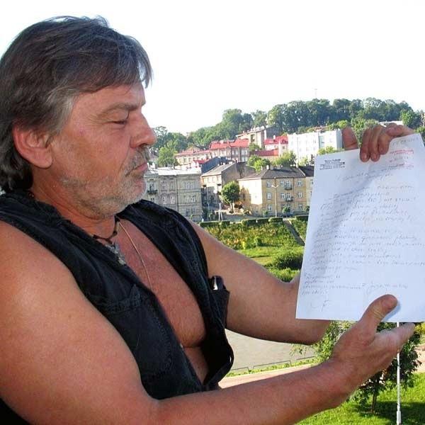 - Mamy blisko 3 tys. podpisów mieszkańców, którzy sprzeciwiają się usuwaniu drzew w Przemyślu. Dokładnie przyjrzymy się każdej wycince drzew w naszym mieście - mówi Wacław Pudłocki.