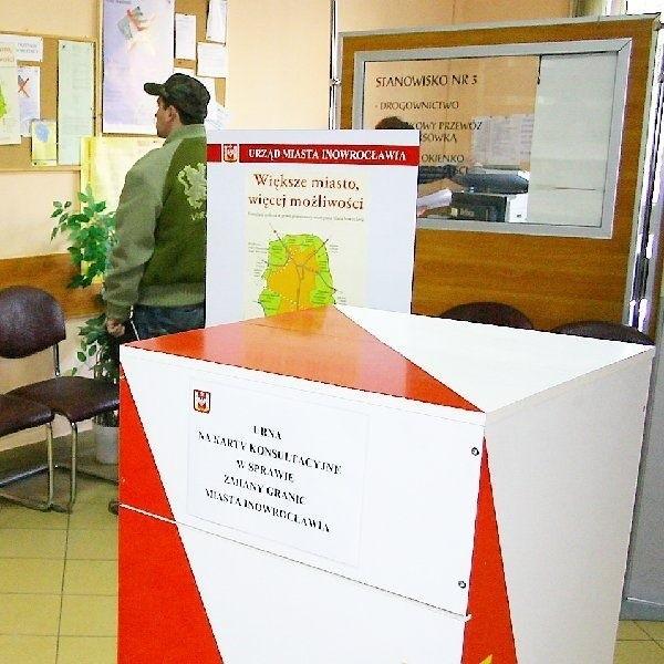 W porównaniu z innymi polskimi miastami, w  których prowadzono konsultacje społeczne w  sprawie poszerzenia ich granic, Inowrocław miał  jedną z najlepszych frekwencji.