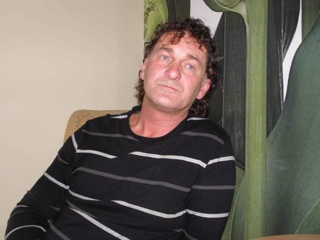 Grzegorz Buszek z ChojnicGrzegorz Buszek, jeden z pechowych dzierżawców uważa, że nie zbuduje się niczego dobrego na ludzkiej krzywdzie
