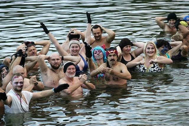 Legnickie morsy rozpoczęły sezon kąpieli
