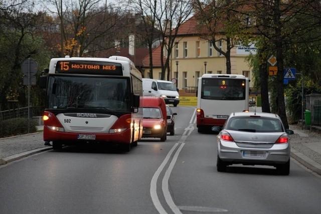 Aglomeracja chce też kupować autobusy oraz budować centra przesiadkowe w Opolu z parkingami na obrzeżach, gdzie swoje auta zostawiałyby osoby przyjeżdżające do stolicy województwa.