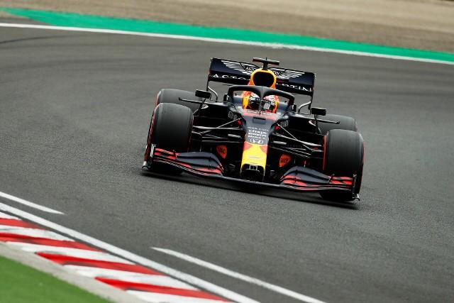 Verstappen wygrał z czasem, ale przegrał z Hamiltonem