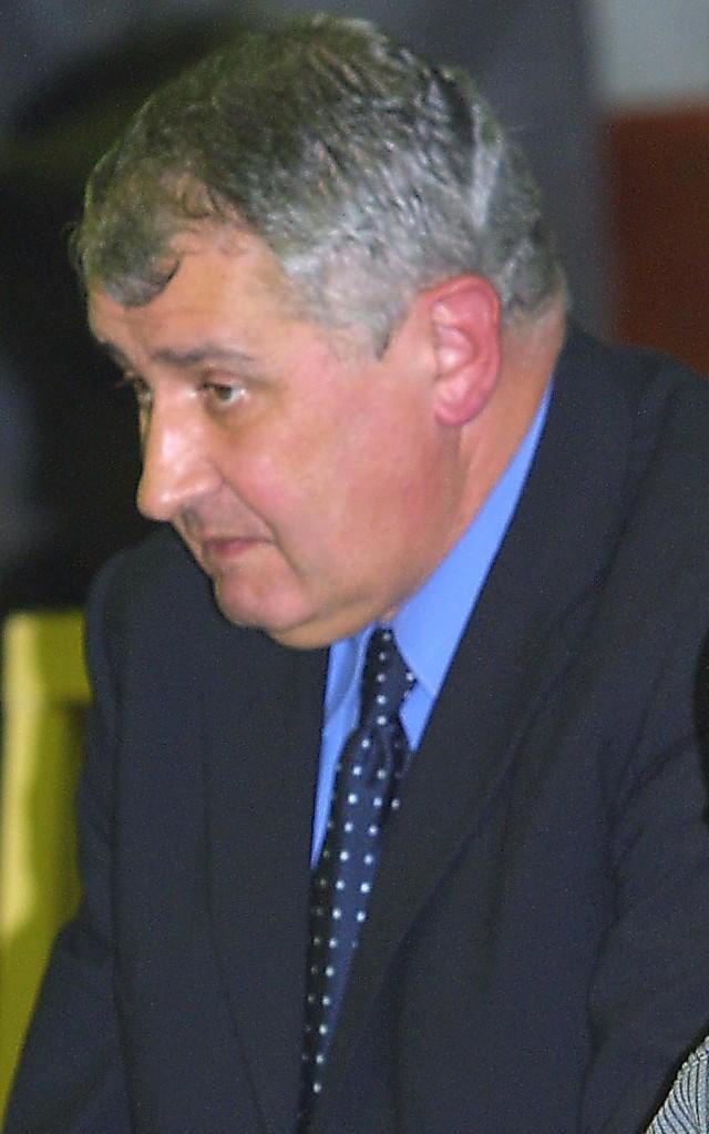 Kazimierz Nowicki nie komentuje poczynań opozycyjnych radnych sejmiku wojewódzkiego. Sam zapewnia, że w zarządzie województwa nie zajmuje się polityką, a działalnością merytoryczną.