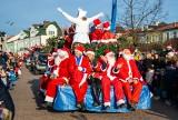 XVI Parada Mikołajów. Było radośnie i charytatywnie [ZDJĘCIA]