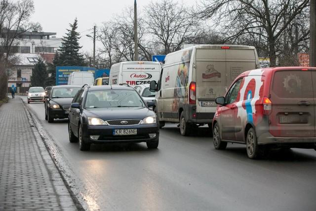 Na skrzyżowaniu Centralnej i Sołtysowskiej codziennie tworzą się korki. Rozładować może je rondo