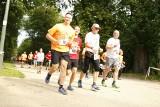 Biegnij Warszawo 4.10.2020. Zobacz zdjęcia uczestników 11. edycji biegu. Fotorelacja z wydarzenia