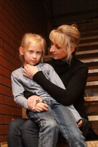 Beata Bartnicka z młodszą córką Julią