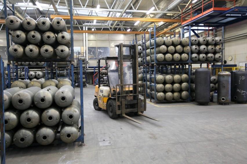 Nibe-Biawar od środka (GALERIA)Firma specjalizuje się m.in. w produkcji ogrzewaczy i wymienników do ciepłej wody użytkowej, kotłów pelletowych i stałopalnych. Sprzedaje także systemy solarne i pompy ciepła.