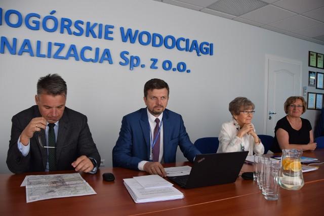 Prezydent Janusz Kubicki, prezes ZWiK Krzysztof Witkowski, Beata Jilek, Krystyna Sterna
