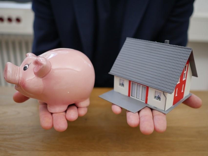 Dom dla każdego? Polski Ład ułatwi budowę domu do 70 mkw. Rządowy program to mniej formalności przy budowie