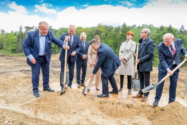 Budowa hali sportowo-widowiskowej w Gorzowie rusza pełną parą.