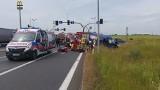 Wypadek na obwodnicy Nakła. Śmigłowiec odleciał z rannym do szpitala [zdjęcia]