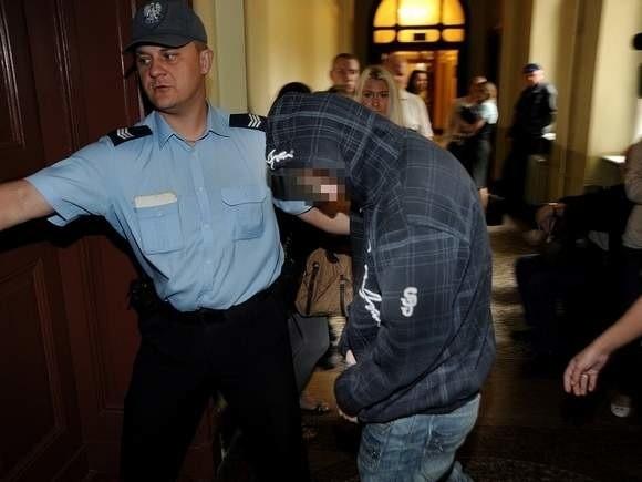 21-letni Rodi T. został skazany na 25 lat więzienia.