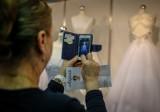 Przez smartfona najczęściej kupujemy modne stroje lub ubranka dla dzieci