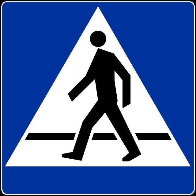 Bezpieczne przejścia dla pieszych powstaną przy szkole w Tuchomiu.