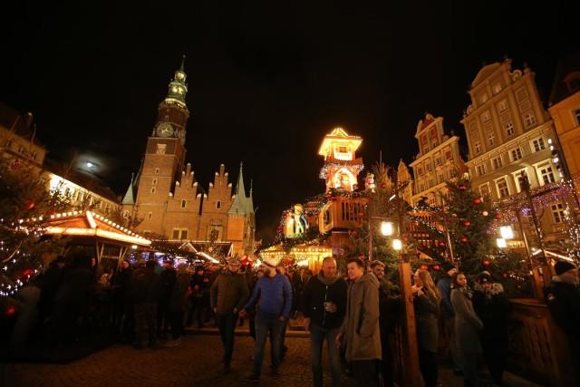 Jarmark Bożonarodzeniowy przyciągał co roku tłumy wrocławian i turystów
