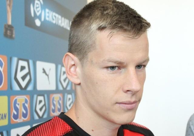 Jakub Żubrowski z powodu żółtych kartek nie zagra w meczu z Jagiellonią.