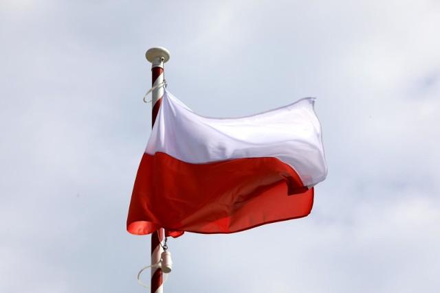 Mamy już państwo wolne, bezpieczne i tak dostatnie jak nigdy w historii. Czego jeszcze, zdaniem znanych Opolan, można życzyć naszej  Ojczyźnie z okazji rocznicy stu lat niepodległości.