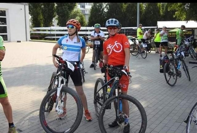 Wioletta Kucharska i Marzena Marcinkowska pokonały całą trasę Jakubowej Sztafety Rowerowej. W dwudniowym rajdzie zrobiły około 190 km