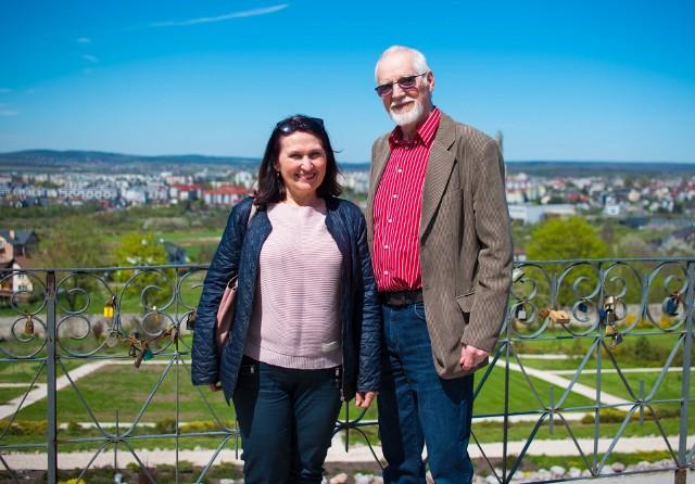 Elżbieta Nowak i Bolesław Jóźwik zapraszają do Gosania.