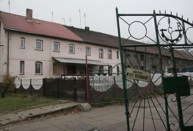 Zabudowania byłego PGR w Zabrzu-Mikulczycach