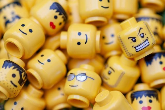 Plastikowe klocki LEGO zostaną wycofane ze sprzedaży. Duńska firma ogłosiła decyzję i podała datę.