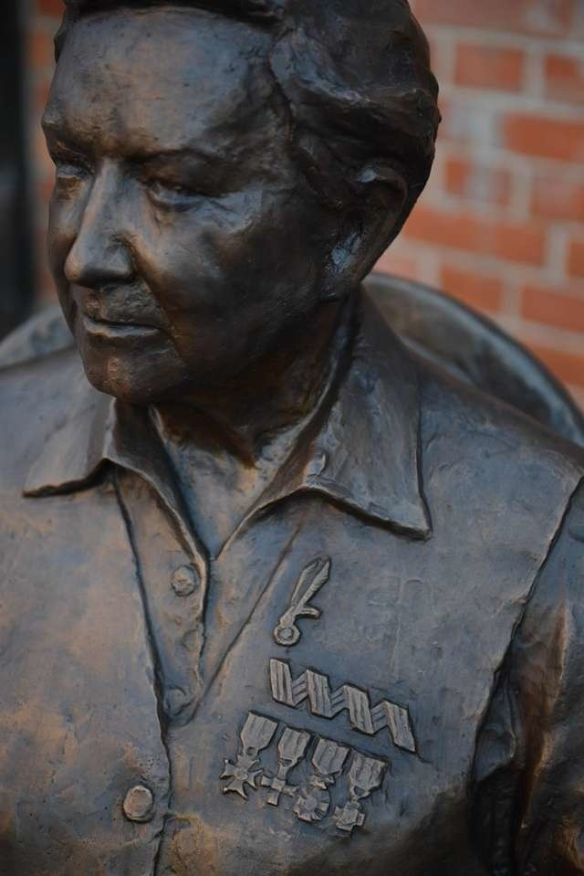 Pomnik gen. Zawackiej