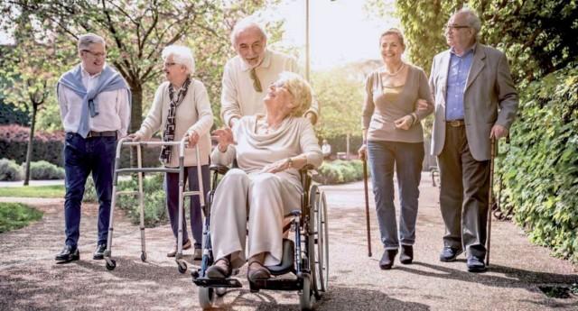 Wygląda na to, że od 1 października 2019 w portfelach i sakiewkach 25 emerytów zostanie rocznie o kilkaset złotych więcej – dzięki obniżeniu stawki podatku dochodowego z 18 do 17 proc.