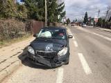 Knyszyn. Na głównym skrzyżowaniu miasta zderzyły się dwa pojazdy [ZDJĘCIA]