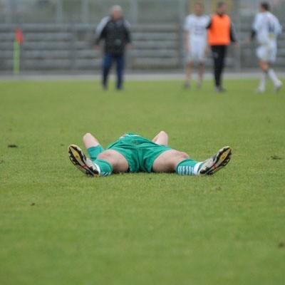 Polską piłkę od lat toczy choroba. Niektórzy działacze PZPN-u robią, co chcą nie licząc się z zawodnikami oraz kibicami.