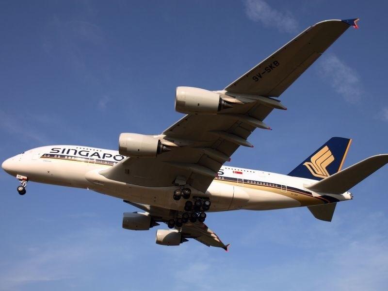W barwach Singapore Airlines aktualnie lata już 19 olbrzymich samolotów A380.