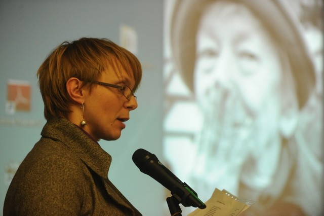 Wiersz czytała m.in. Katarzyna Kownacka, dziennikarka Nowej Trybuny Opolskiej.