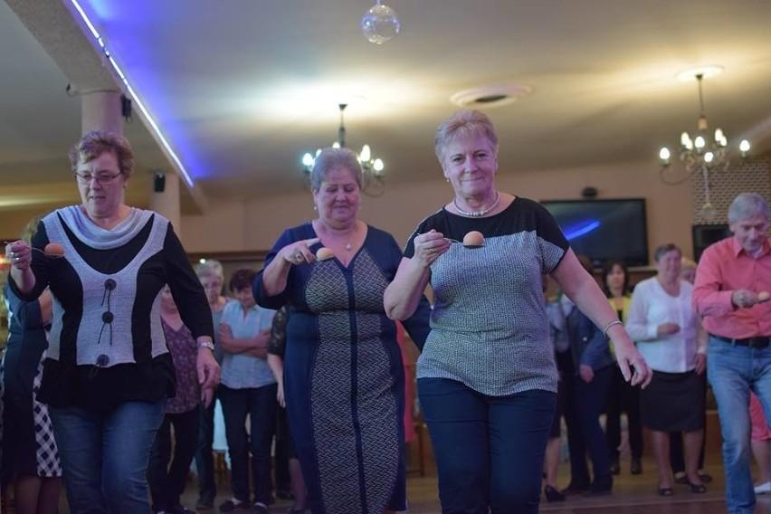 """W czwartek (13 października) w restauracji """"Zacisze"""" w Strzelcach Krajeńskich odbył się X Turniej Klubu Seniora. W imprezie udział wzięło 107 osób."""