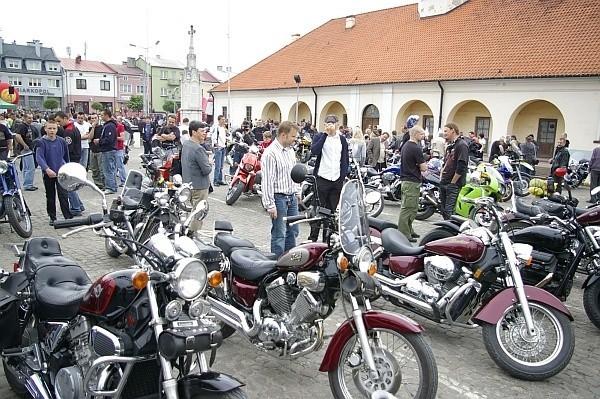 Na pierwszej edycji Moto-Pikniku w Staszowie pojawiło się prawie 270 motocykli, samochodów i quadów.