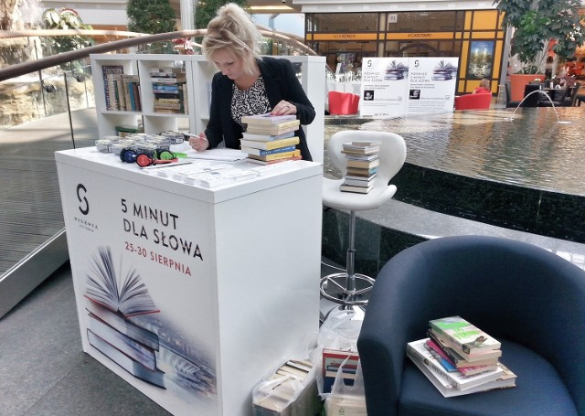 Zbiórka książek w SCC