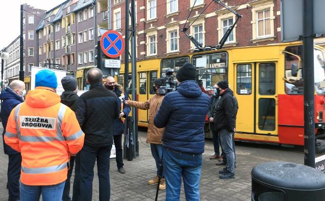 O szczegółach planowanego remontu torowisk oraz utrudnieniach w ruchu prezydent Maciej Glamowski oraz drogowcy poinformowali podczas dzisiejszej konferencji prasowej