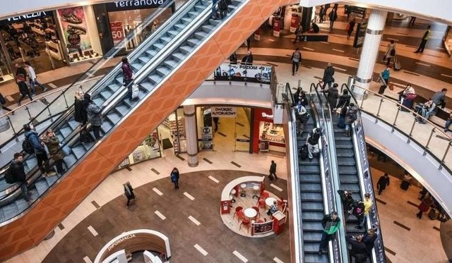 Galerie handlowe są otwarte