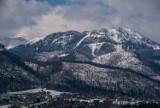 Tatry. Niżej wiosna, wyżej zima i zagrożenie lawinowe [ZDJĘCIA]