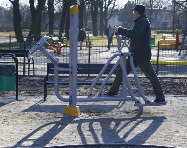 Wyposażenie trzech nowych placów zabaw wraz z siłownią to inwestycja przekraczająca 121 tys. zł.