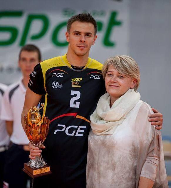 Anna Sumelka podczas turnieju w Murowanej Goślinie z liderem mistrzów świata z 2014 r. i PGE Skry Bełchatów, Mariuszem Wlazłym