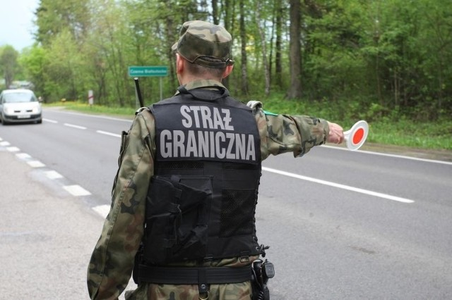 Mężczyźni poszukiwani byli na podstawie postanowienia Sądu Rejonowego w Sokółce i w trzech przypadkach Sądu Rejonowego w Białymstoku