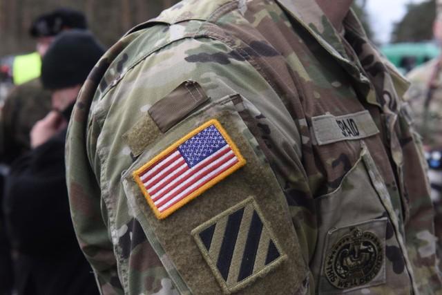 W okolicach zjazdu Świebodzin Północ doszło do kolizji drogowej z udziałem amerykańskich żołnierzy.