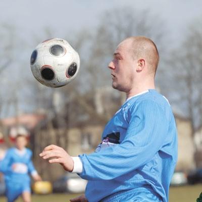 Tomasz Jakuszewski w pierwszym meczu sezonu nie miał szczęścia. Zawodnik Freskovity trafił w spojenie słupka z poprzeczką.
