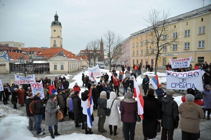 Serbskie Kosowo - wiec zorganizowany przez Bractwo Cerkiewne Trzech Świętych Hierarchów (zdjęcia)