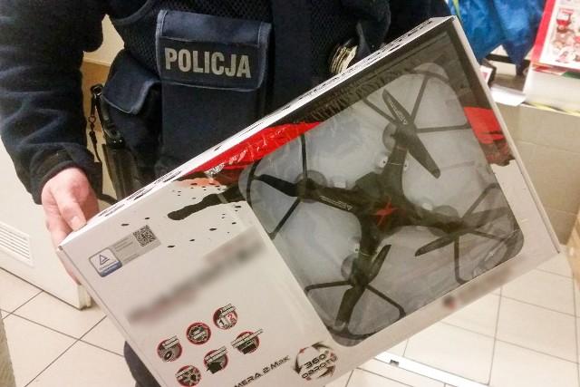 42-latek chciał ukraść zabawkę o wartości 250 złotych.