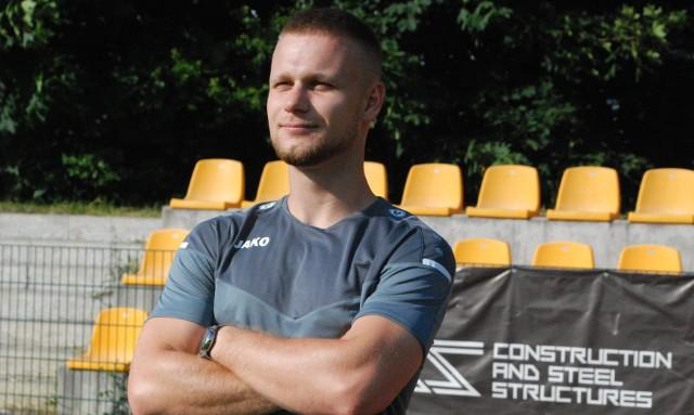 Sztab szkoleniowy czwartoligowej Pogoni Staszów został skompletowany. Dołączył do niego trener przygotowania motorycznego Maciej Fugiński.