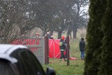 Tragedia we wsi Kamionka. Zginął mężczyzna przygnieciony ciągnikiem rolniczym. Śmiertelny wypadek koło Wielunia 13.12.2020